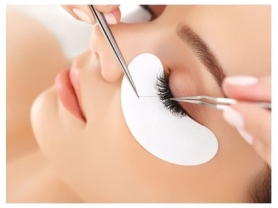 50% Off Full Set of Lash Extensions: $61, Aki's Perfect 10, Think local Deals